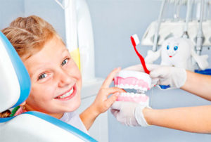 Профилактика заболеваний молочных зубов